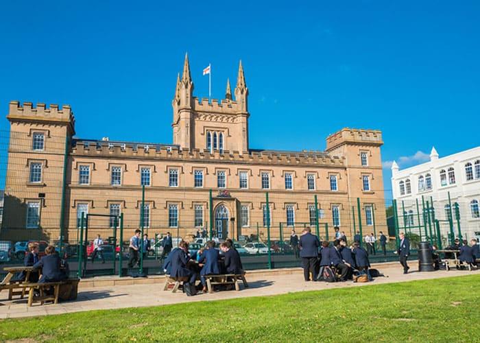 Explore Elizabeth College